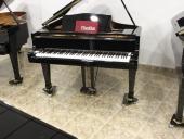 Piano Colin Negro Marca Propia 146cm.